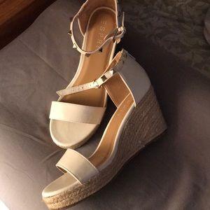 Espirit sandals
